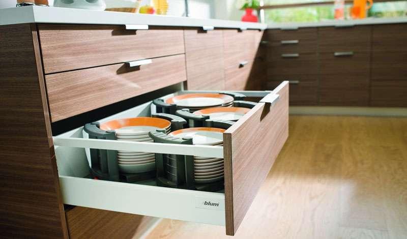 выдвижные системы ящиков на кухню